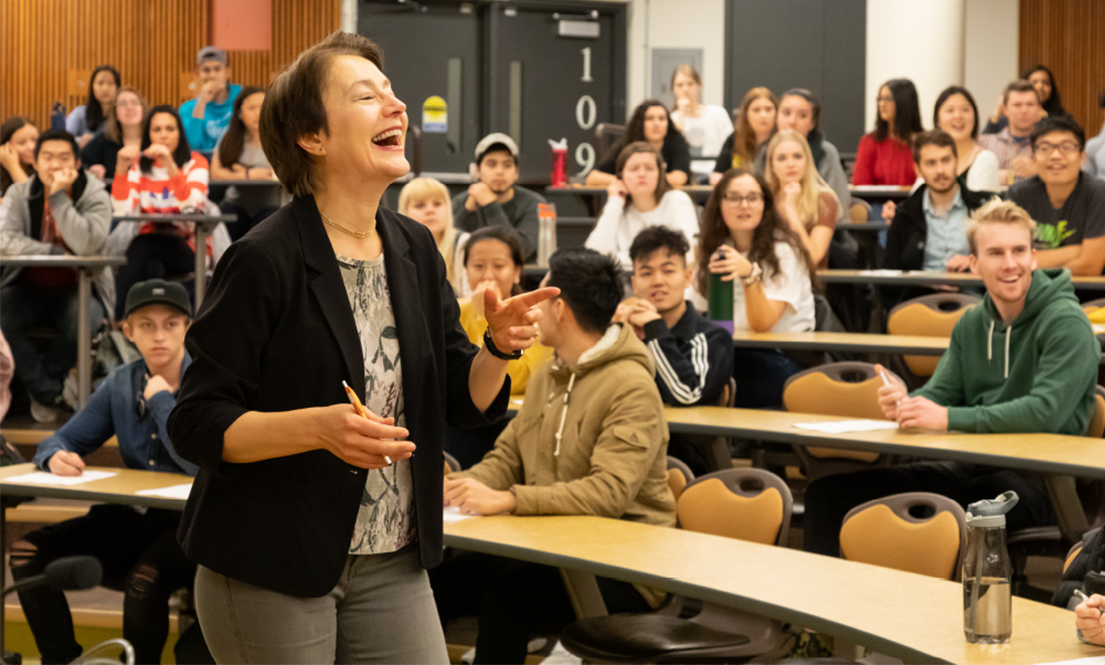 Prof. Gordana Crnkovic with students in class